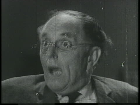 stockvideo's en b-roll-footage met b/w 1800s/1900s montage of close up of frightened men + women - human face