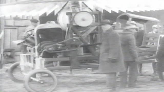 vídeos y material grabado en eventos de stock de 1900s b/w montage bizarre helicopter tries to get airborne / united states - invento