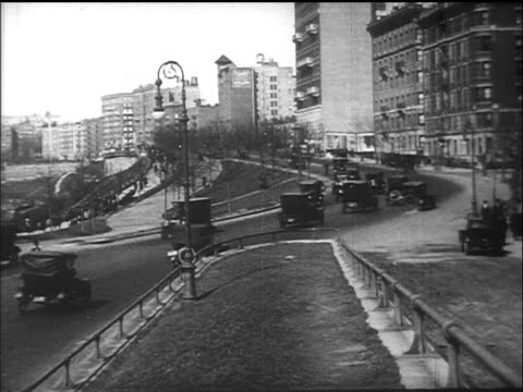 b/w 1910s cars driving on riverside drive / nyc / documentary - 1910 stock-videos und b-roll-filmmaterial