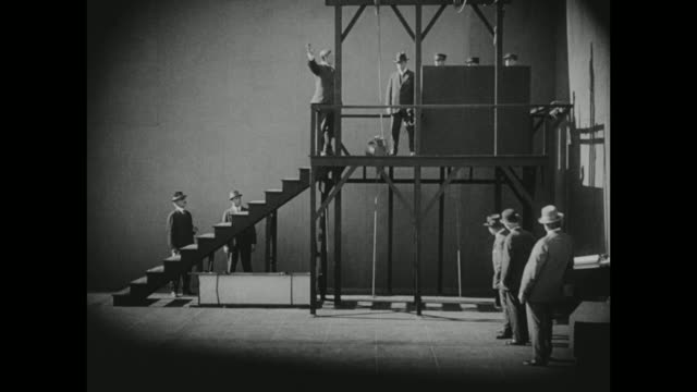 1910s officials test the gallows - hinrichtung stock-videos und b-roll-filmmaterial