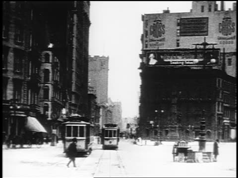 B/W 1910s trolley point of view up Broadway (Flatiron District) / NYC / documentary