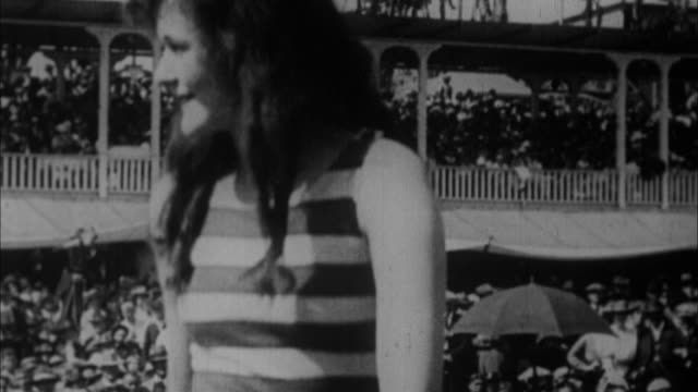 1920s b/w montage models presenting bathing suits / usa - anno 1920 video stock e b–roll