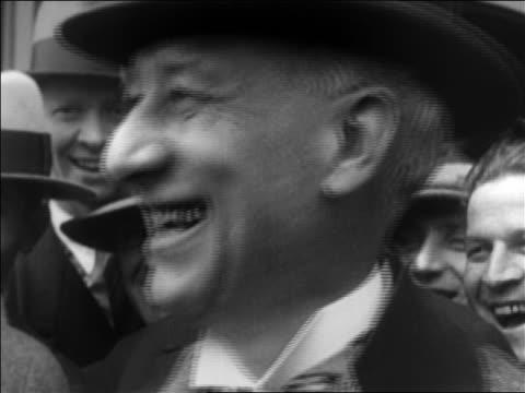 stockvideo's en b-roll-footage met b/w 1920s close up al smith in derby smiling / documentary - al smith