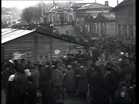 1920s, the new economic policy nep. life in a provincial russian city : marketplace, crowds. - 歴史点の映像素材/bロール