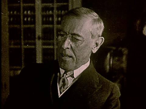 vídeos y material grabado en eventos de stock de 1920s ms woodrow wilson talking - woodrow wilson