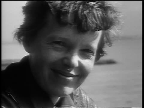 B/W 1930s close up PORTRAIT Amelia Earhart smiling outdoors