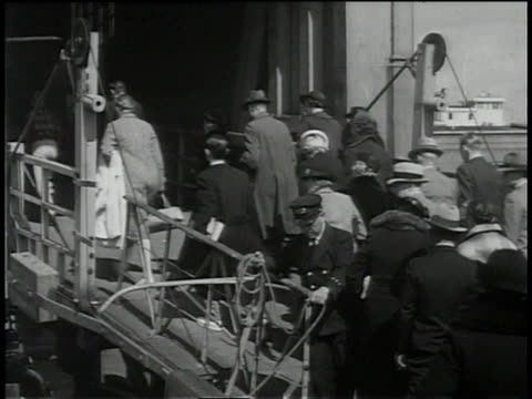 1930s ms passengers boarding a ferry boat / san francisco, california, united states - ferry stock videos & royalty-free footage