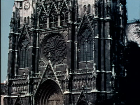 1930s vienna votive church - 1930 1939点の映像素材/bロール