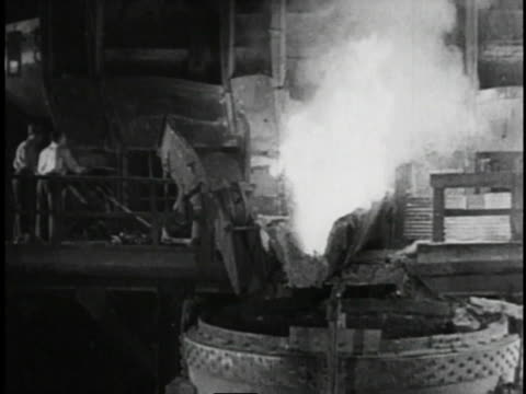 1940s b/w postwar factories producing / united states  - 鋼点の映像素材/bロール
