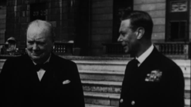 1940s b/w ms winston churchill and king george vi / united kingdom - winston churchill politik stock-videos und b-roll-filmmaterial