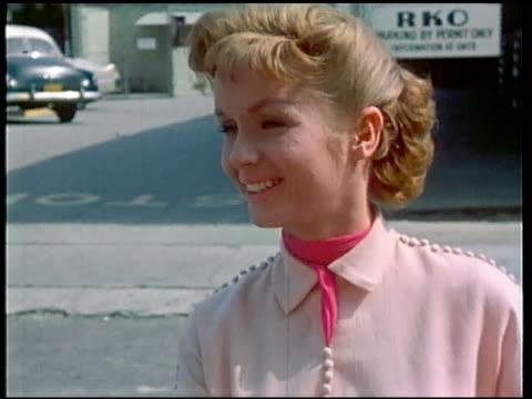 1950s close up debbie reynolds smiling - debbie reynolds stock-videos und b-roll-filmmaterial