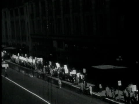 1950s montage long picket lines outside macy's department store / new york city new york united states - fackförbund bildbanksvideor och videomaterial från bakom kulisserna