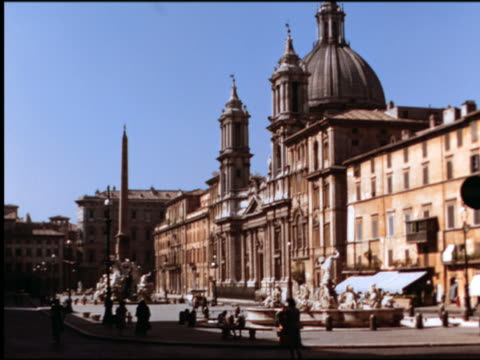 1950s people in piazza navona in front of church of st agnese in agone / rome, italy - piazza navona stock videos & royalty-free footage