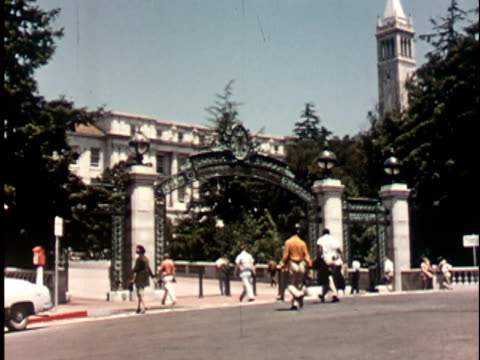 1950s WS, Students walking through Sather Gate at Berkeley University, 1950's, California, USA