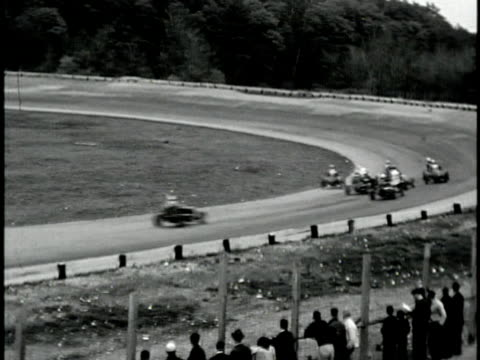 vídeos de stock, filmes e b-roll de 1960s b/w ws ts hot rod race, california, usa - hot rod