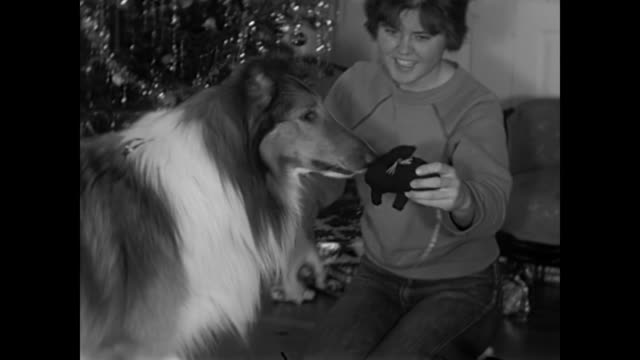 1960s Christmas day breakfast and gifts - Home Movies