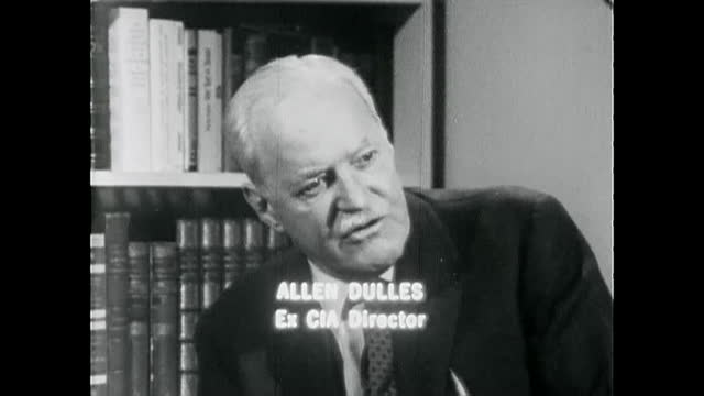 vidéos et rushes de declassified old film opinion discussions and criticism of the roles and work of the cia. in the clip appear, allen dulles, richard bissell, and... - eugene j. mccarthy