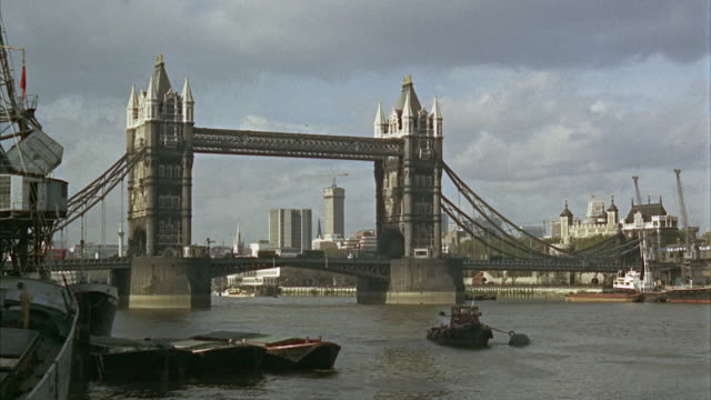 1960s WS Tower Bridge / London, UK