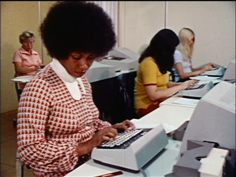 1970s group of women typing on computers in office / educational - desktop pc stock videos & royalty-free footage