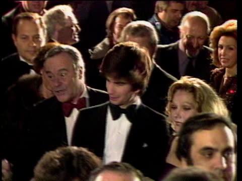 vidéos et rushes de 1980s montage celebrities at premiere jack and felicia lemmon being interviewed / los angeles california usa - cérémonie