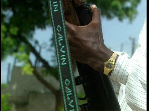 1oct1998 cu hands loading machine gun with ammunition cartridge / mogadishu benadir somalia - cartridge stock videos and b-roll footage