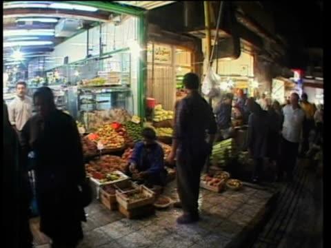 1st April 2000 WS PAN POV Crowds in Tajrish bazaar / Tehran, Iran
