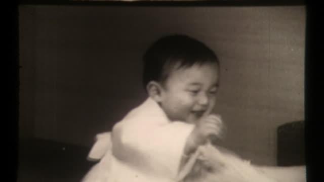 1st birthday of prince naruhito, emperor of japan - 天皇点の映像素材/bロール