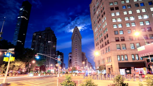 23rd street and flatiron building new york city - fifth avenue stock videos and b-roll footage