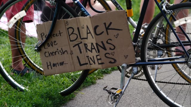 25th july 2020: painted signs 'black trans lives matter' at the 56th night of the george floyd vigil at mccarren park included live afro-brazilian... - anna deavere smith video stock e b–roll
