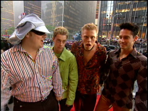2gether arrive to the 2000 video music awards at radio city music hall - radio city music hall stock videos and b-roll footage