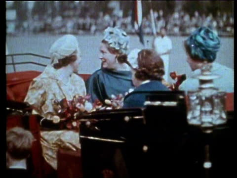 vídeos y material grabado en eventos de stock de 30apr1962 montage silver wedding anniversary of queen juliana prince bernhard princesses beatrix irene present various ceremonies during the wedding... - 1962