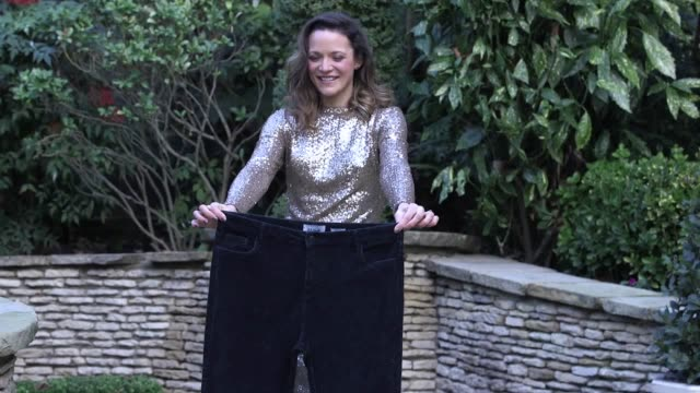 30yearold hayley cook from didcot in oxfordshire shed six stone to be named as slimming world's miss slinky 2019 the mother of two went from a size... - oxfordshire video stock e b–roll