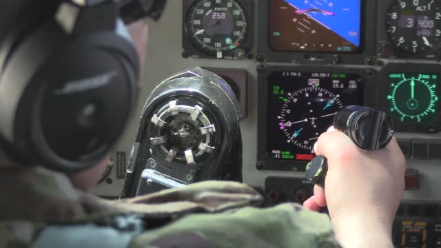 a 340th expeditionary air refueling squadron kc135 stratotanker and its aircrew provide aerial refueling to f18e/fs in support of operation inherent... - ボーイング点の映像素材/bロール