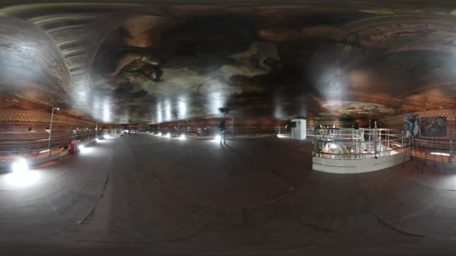 vídeos y material grabado en eventos de stock de 360degree video of the painted hall at the royal naval college in greenwich as the 18th century ceiling is restored - mp4