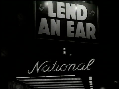 44th street lights: majestic rex harrison shubert theatre anne of the thousand days. national theatre marquee 'lend an ear' the alvin marquee 'mister... - 1949 個影片檔及 b 捲影像