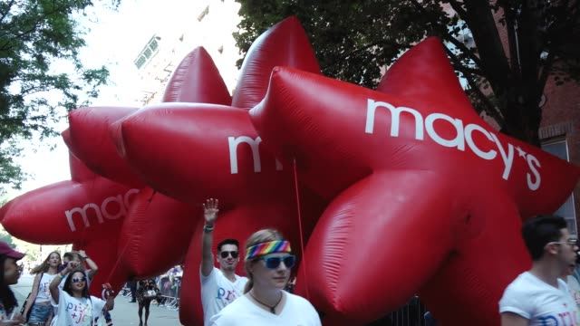 vídeos y material grabado en eventos de stock de 47th anniversary of the annual new york city gay pride march via 5th avenue and ending in the west village the nyc pride march is one of the largest... - macy's