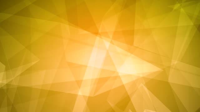 vídeos de stock, filmes e b-roll de 4k abstrato brilhante futurista, rede, tecnologia, ciência, celebração geométrica laranja loopable fundo com triângulos - articulação facetária