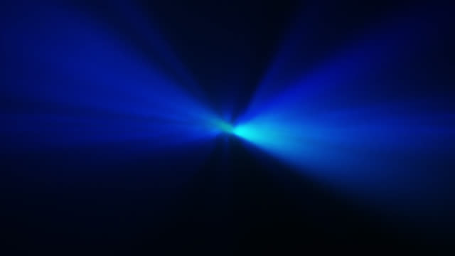 vídeos de stock e filmes b-roll de 4k blue abstract laser spotlight background - holofote