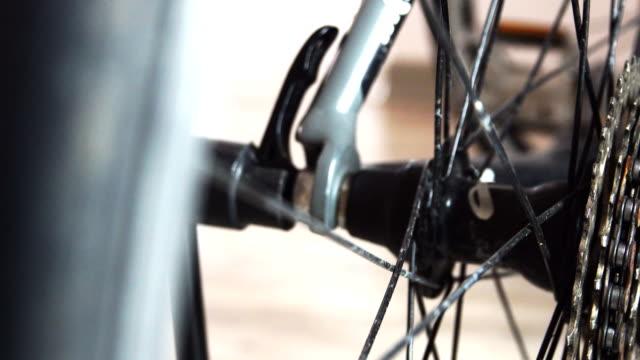 4 k: ドリー ショット バイク カセットと変速機 - 競争点の映像素材/bロール