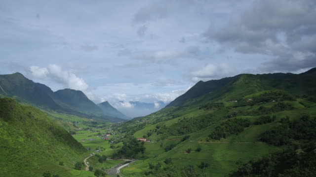 4k dolly shot, Time-lapse of step rice paddy and cloudy in Sapa Vietnam.
