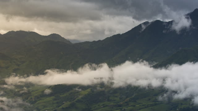 4k dolly shot, time-lapse of valley and cloudscape in the morning, sapa vietnam. - vietnam stock videos & royalty-free footage