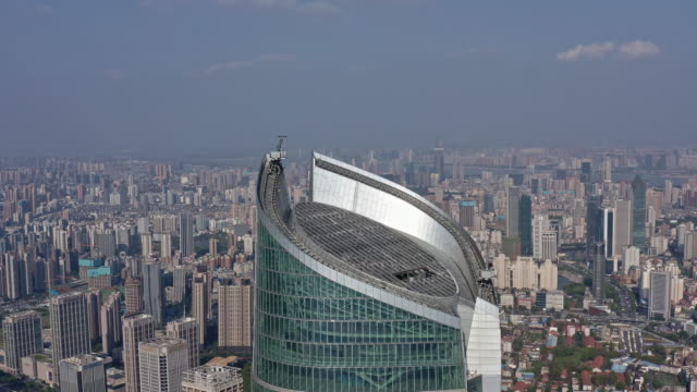 4k drone footage : wuhan landmark wuhan center tower - tower stock videos & royalty-free footage