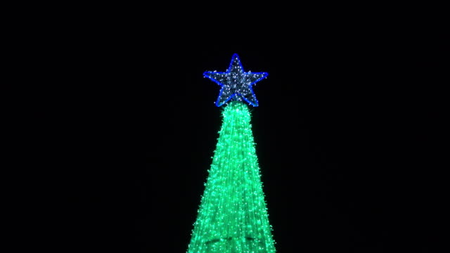 4k, green light decoration in christmas day