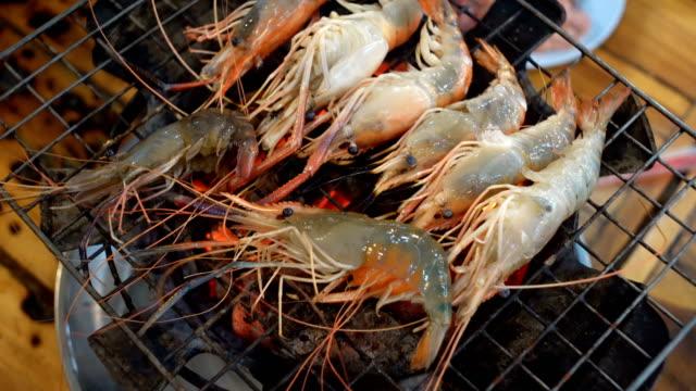 4k Grilled shrimp or burn shrimp on the grill