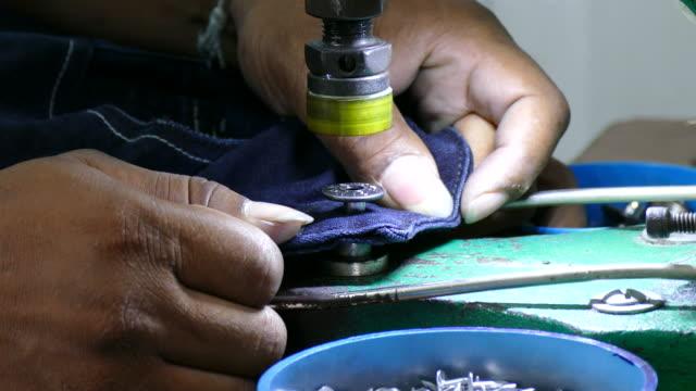 4k hammering button machine