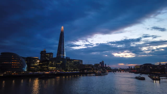 4k hyperlapse of the shard, city hall in southwark and river thames, london, uk, time lapse - gla building stock videos & royalty-free footage