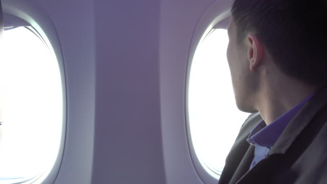 4k: man on plane