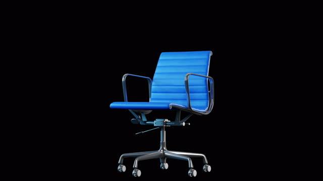 vídeos y material grabado en eventos de stock de rotación de silla de oficina de acero moderno y cuero azul de 4 k. bucle. fondo negro. - presidente de organización