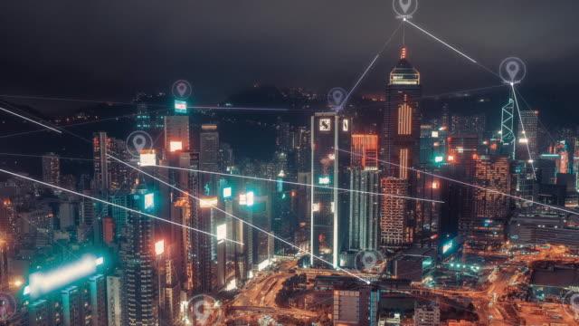 stockvideo's en b-roll-footage met 4k-resolutie hong kong aerial view met data network connection technologie concept. smart city concept, communicatie netwerk, internet of things concept - schakel