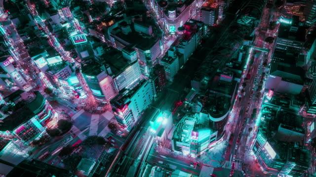4k解像度 ネオントーンで東京都市景観のタイムラプス航空写真、技術未来都市コンセプト - ズームイン点の映像素材/bロール